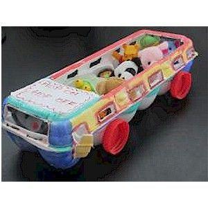 Image of Recycled Hop on Hop Off Bus, egg carton, craft, recycle, primary school, elementary school, schoolbus, bus, tutorial, knutselen, kinderen, basisschool, eierkarton, eierdoos, bus