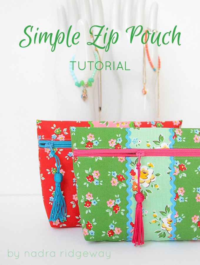"Wie man ein Reißverschluss-Täschchen näht… How to make a zip pouch… MATERIALIEN (2) 4"" x 15.5"" (10×40 cm) Stücke Baumwollstoff rot (1) 3"" x 15.5"" (7.5×40 cm) Stück Baumwollstoff rosa (1) …"
