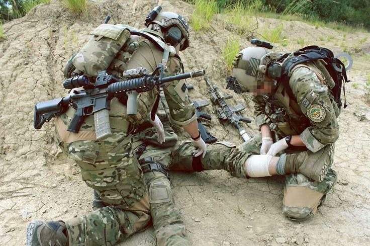 USAF Pararescue! =) US Air force Help celebrate a great career in the US Air…