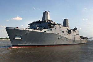 S Somerset (LPD-25) es un buque de asalto anfibio estadounidense. Pertenece a la clase San Antonio, y es el quinto buque en la historia de la Armada de los Estados Unidos en llevar el nombre de Somerset, en honor al condado de Somerset, Pensilvania.