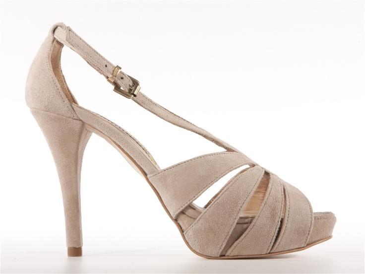 Aurora beige suede sandals