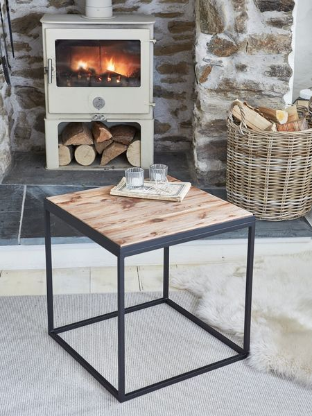 Industrial Side Table #nordic #house #scandi #home #decor #industrial #table