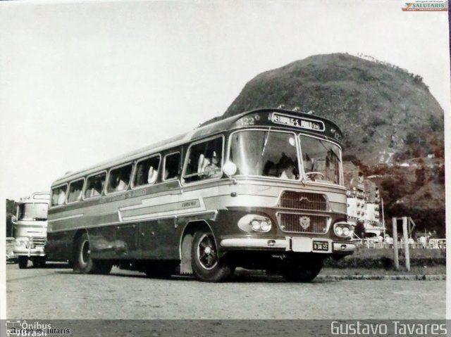 Ônibus da empresa Viação Salutaris e Turismo, carro 122, carroceria CAIO Bandeirante, chassi Scania B76. Foto na cidade de Petrópolis-RJ por Gustavo Tavares, publicada em 27/07/2014 20:28:43.