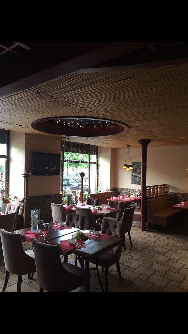 Ждём Вас в ресторане Золотая Панда с обновлённым интерьером Если у вас нет возможности приехать к нам в ресторан и насладиться любимыми блюдами, мы с удовольствием доставим их к вашему столу. 🍤🍜❤️Заказать доставку можно на сайте Fasteda.ru в разделе азиатская кухня Работаем для Вас ежедневно с 12.00-23.00 #vietcafe#cafeviet#доставка#золотаяпанда#гаванская#вьетнамскаякухня#фобо#нем#падтай#dulichnga#monanviet#monviet#dinga#spring#love#love❤