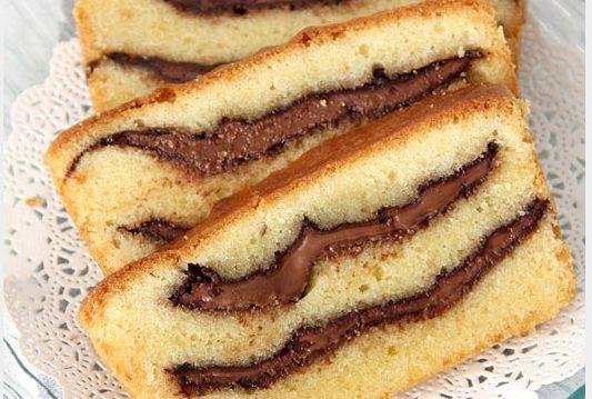 Γεμιστό κέικ με σοκολάτα, από την  Αλλατίνη – Χειρονομία αγάπης!