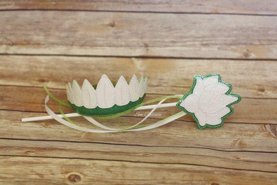 Hey, I found this really awesome Etsy listing at https://www.etsy.com/listing/270296282/frog-princess-tiara-wand-lotus-tiara