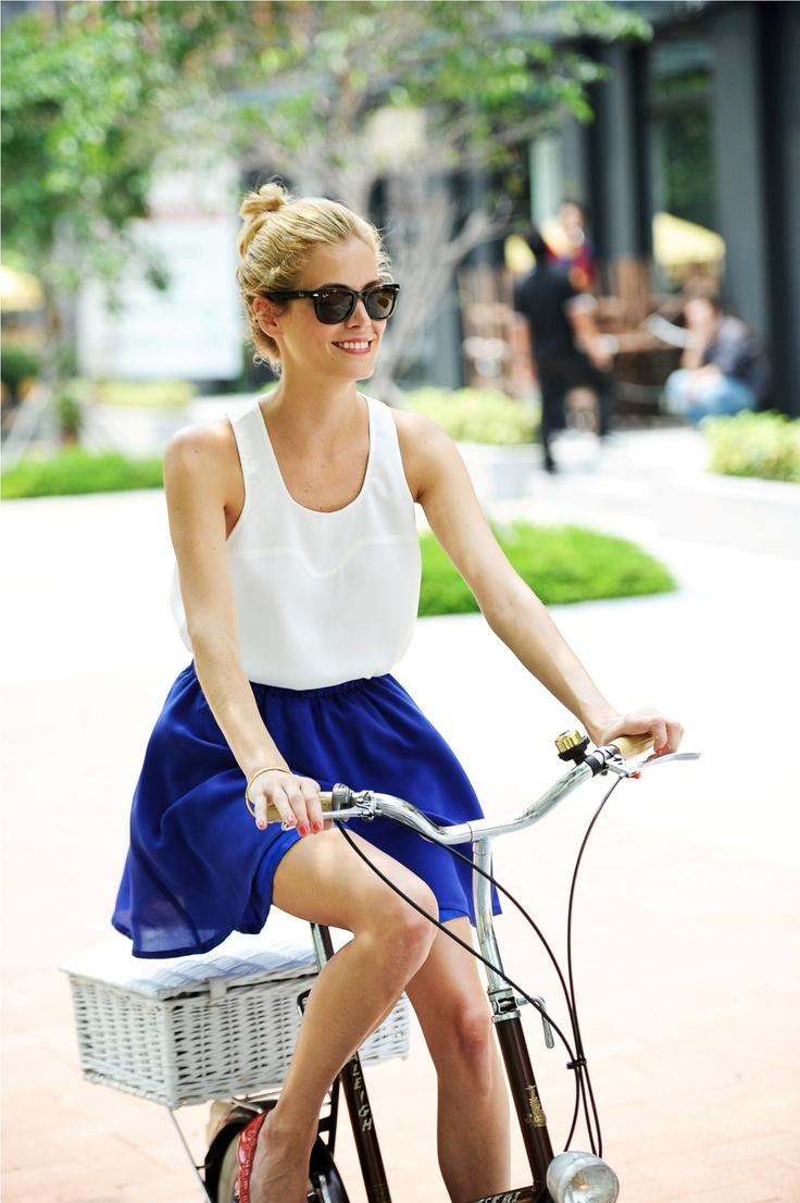 blue skirt. <3 #blue #fashion #skirt