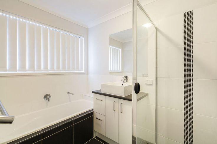 Crest 220 - Bathroom