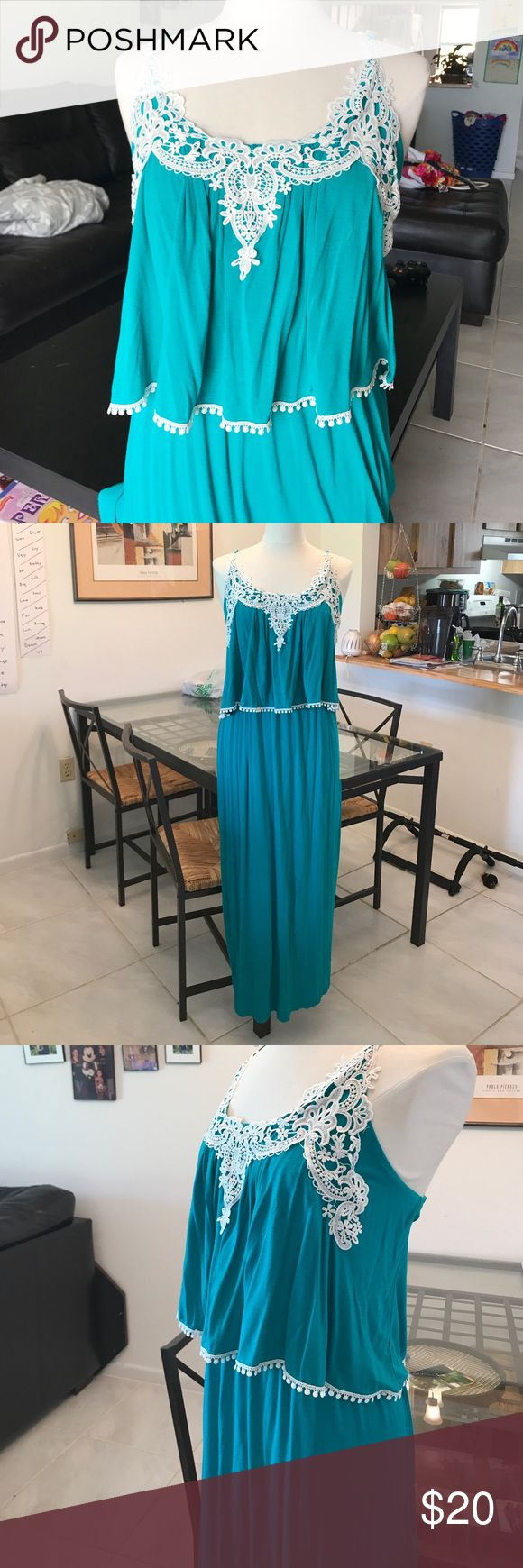 Maxi dress Really nice teal maxi dress. Easy to dress up or down can be worn to any occasion. Only wore one time to a wedding. Has stretch and very flattering to all body types Dresses Maxi