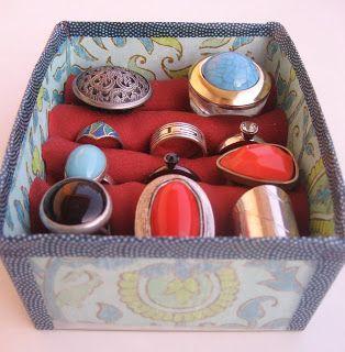 www.manualidadesytendencias.com Expositor de anillos reciclado / recycled ring display case