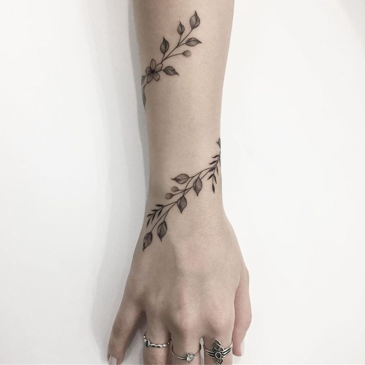 (notitle) – tatoo