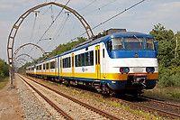 ns.nl, trains run every 15min amsterdam to utrecht, 30min trip