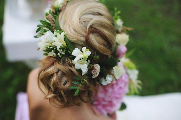 Романтический стиль свадебной прически для длинных волос ::: onelady.ru ::: #hair #hairs #hairstyle #hairstyles