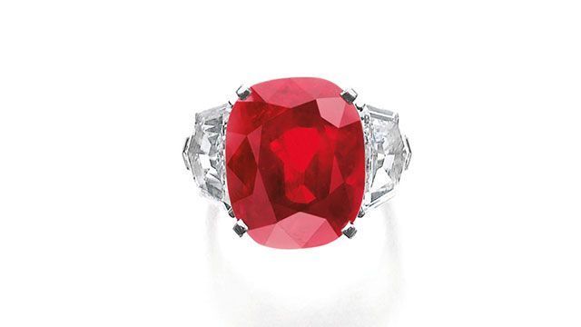 Records Fall at Geneva Jewellery Sale on Sotheby's Blog