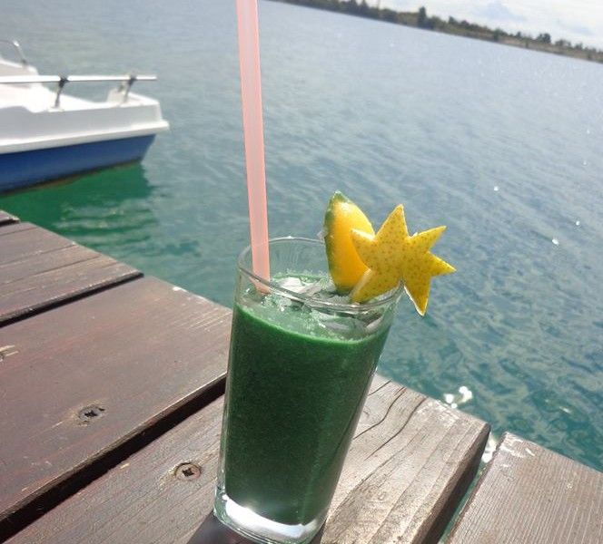Spirulina Smoothie, rawfood and vegan, slovak recipe here