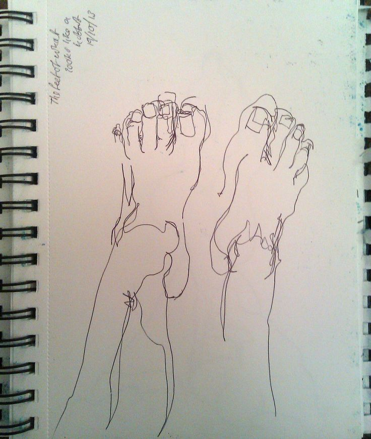 Feet in fine liner - Single line drawing without looking.