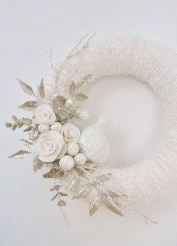 yarn wreath...simplicity