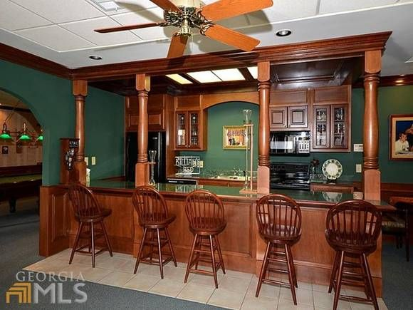 21 Homes For Sale With Bars Worthy Of St. Patricku0027s Day