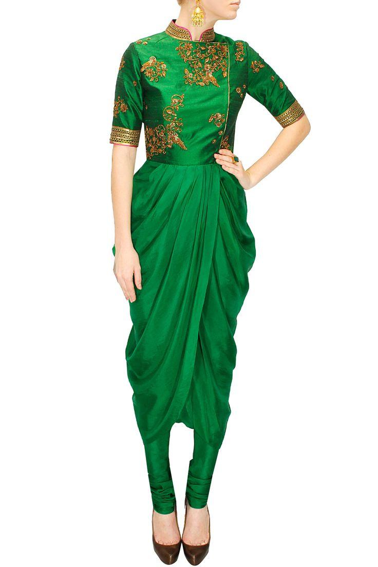 Emerald green embroidered drape set by Tisha Saksena. Shop at: www.perniaspopupsop.com #drapeset #tishasaksena #designer #chic #shopnow #perniaspopupshop #happyshopping.