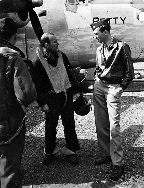 Major James Stewart during World War II: James Of Arci, World War Ii, Bomber Pilots, Jimmy Stewart Wwii, Major James, Bomber Jackets, Crew Member, Movie Stars, James Stewart