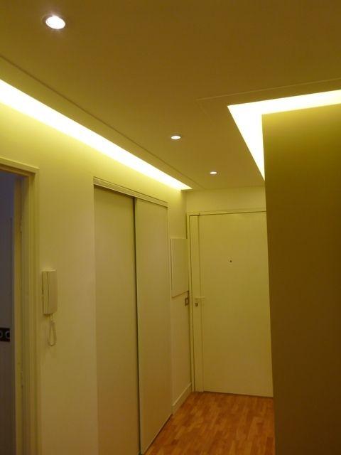 clairage d 39 un couloir sombre clairage pinterest couloir sombre couloir et sombre. Black Bedroom Furniture Sets. Home Design Ideas