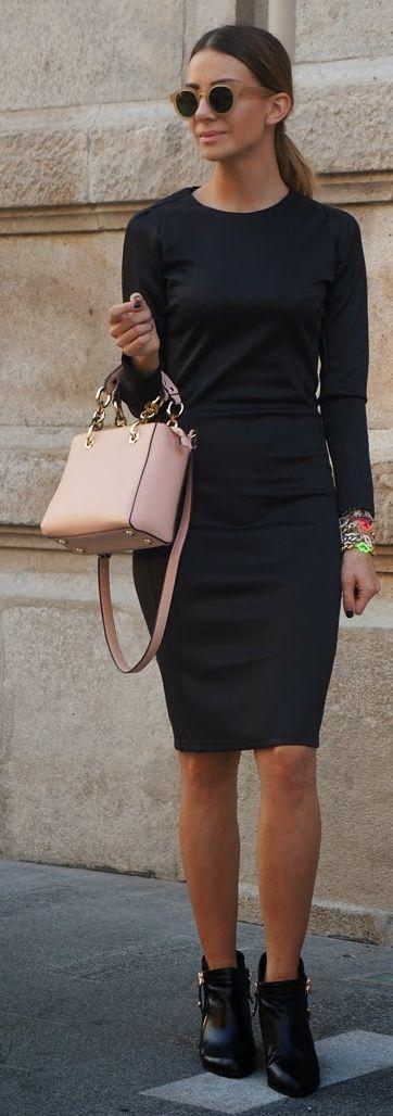 Nak Light Pink Leather Gold Accent Handbag