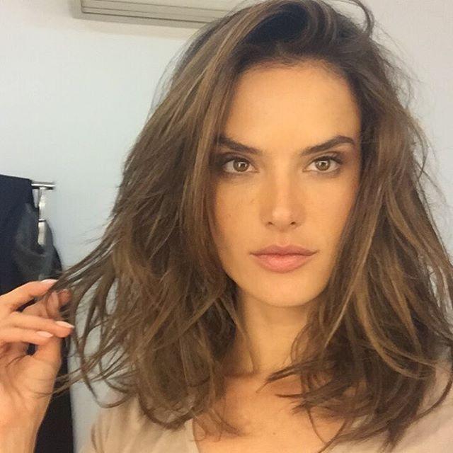 Alessandra Ambrosio cut her hair into a long bob. Photo: Instagram