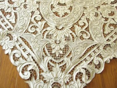 INCREDIBLE Vintage MADEIRA Embroidery ALL CUTWORK Tablecloth
