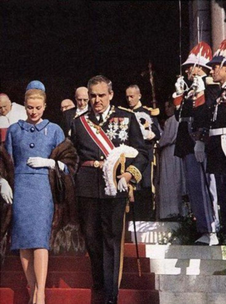 National Day Monaco, 1962. Princess Grace wears a blue Givenchy suit, made of silk cloquee.