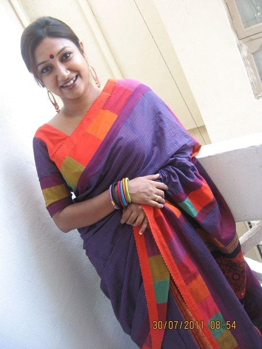 mora saree colors