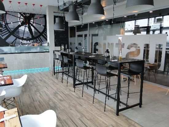 Zdjęcie Industrial Cafe