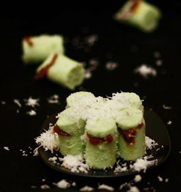 endyDaniel: Kue Putu [Indonesian Putu Bamboo Cake]