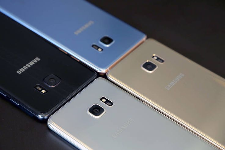 The Samsung Galaxy Note 7 will come in four colors: silver titanium, black onyx, gold...