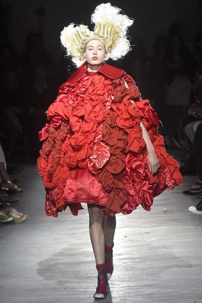 Comme des Garçons RTW Spring 2015 [Photo by Giovanni Giannoni]