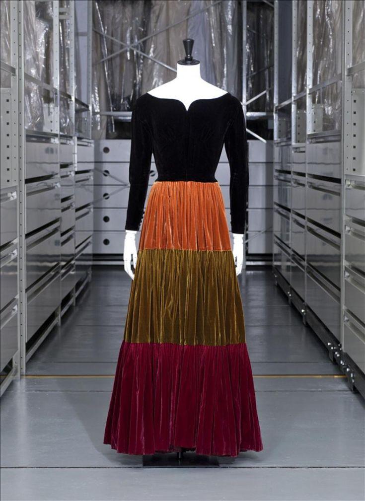 Robe de dîner, Jacques Griffe haute couture, hiver 1947-1948 © Eric Emo / Galliera / Roger-Viollet