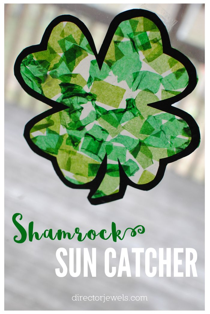 Shamrock Sun Catcher St. Patrick's Day Craft with Free Printable | directorjewels.com