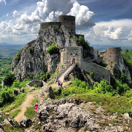 Srebrenik_Fortress_Bosnia_Herzegovina: