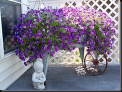 Cute idea for a bench that sits on my front porch that I no longer use.