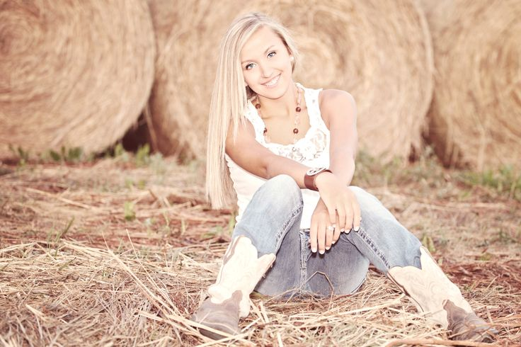 Born and Raised, Farm girl! senior picture/girl