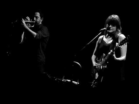"Keren Ann performs ""chien de garde"" at Joe's Pub, NYC - YouTube"
