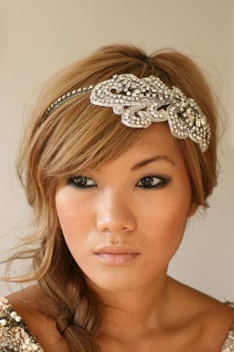 Offbeat Bride / One-of-a-kind headpieces from Designs by Portobello