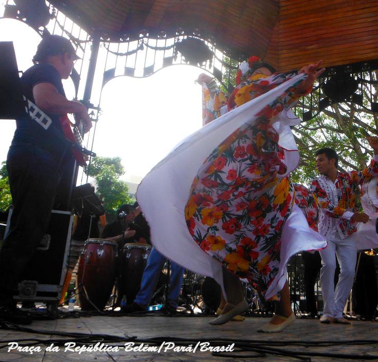Belém/Pará/Brasil-Dançando carimbó