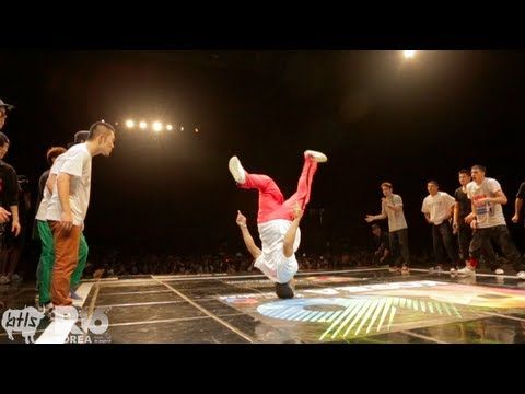 Massive Monkees vs Jinjo Crew | R16 BBOY Battle 2012 | YAK FILMS - YouTube