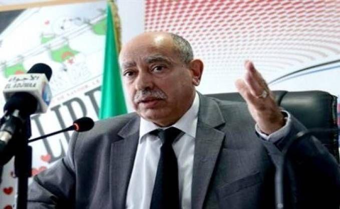 Assistons-nous au début de la fin du système LMD (Licence/Master/Doctorat)? Le discours prononcé samedi par le ministre de l'enseignement supérieur sonne comme une sorte d'oraison funèbre dédié à ce système, censé mettre en phase l'université algérienne avec les besoins de la société algérienne. Mais après plusieurs années depuis son entrée en application, ce système est […]