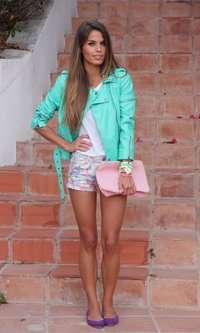 Fashion Pills  Jackets, Oysho  Flats and Bershka  Shorts