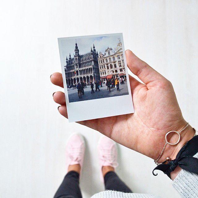 Bruxelles, ma belle ♡ Les petites photos souvenirs @squared.one qui rendent…