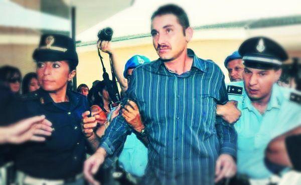 Salvatore Parolisi è stato ritenuto colpevole dell'omicidio della moglie Melania Rea, http://tuttacronaca.wordpress.com/2013/09/30/niente-ergastolo-per-salvatore-parolisi-condanna-ridotta-a-30-anni/