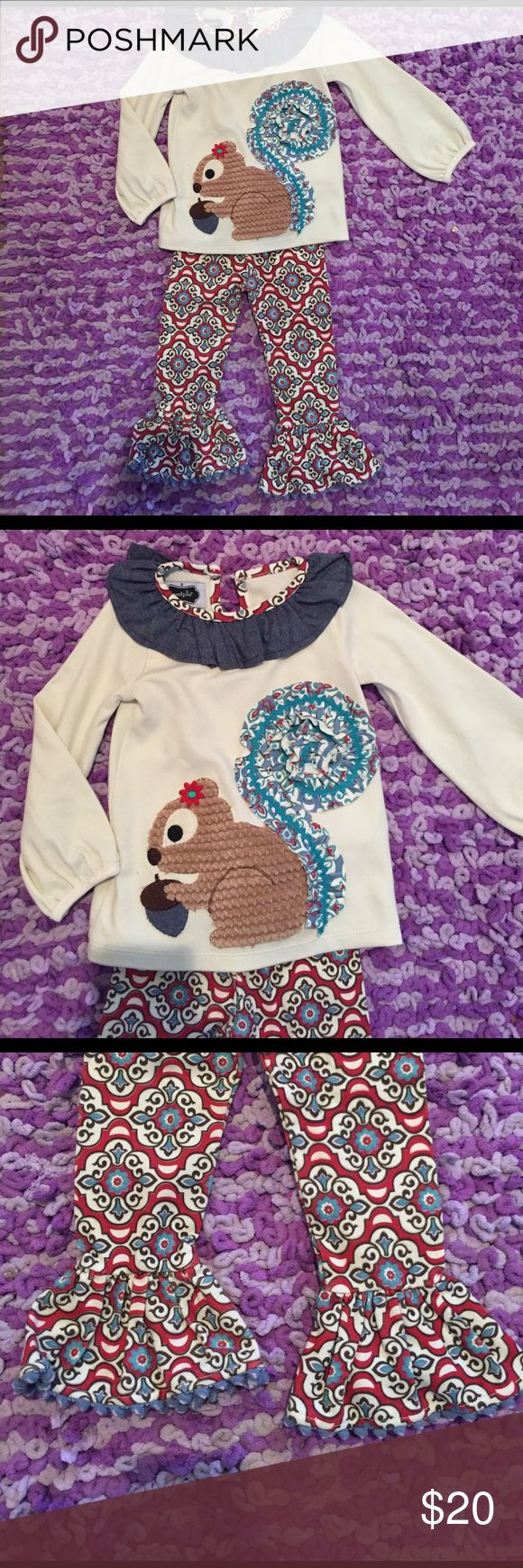 Mud Pie Outfit Super cute Mud Pie Outfit!! New with out tags/Never worn. Mud Pie Matching Sets