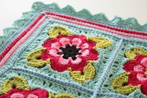 : Painted Roses Blanket pattern by Sandra Paul