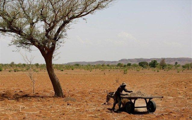 [Η Ναυτεμπορική]: Η κλιματική αλλαγή μπορεί να φέρει μουσώνες σε μια από τις πιο ξηρές περιοχές της Αφρικής | http://www.multi-news.gr/naftemporiki-klimatiki-allagi-mpori-feri-mousones-mia-apo-tis-pio-xires-perioches-tis-afrikis/?utm_source=PN&utm_medium=multi-news.gr&utm_campaign=Socializr-multi-news